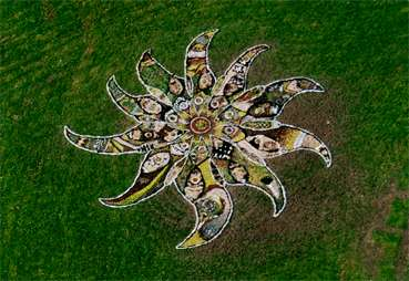 Drawing viewed from helicopter c. 500ft up, c. 90ft diameter, Foraged natural materials