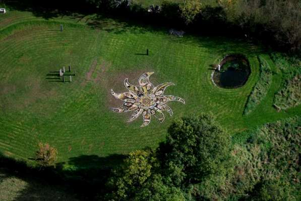 Drawing context in the field viewed from the helicopter, c. 90ft diameter